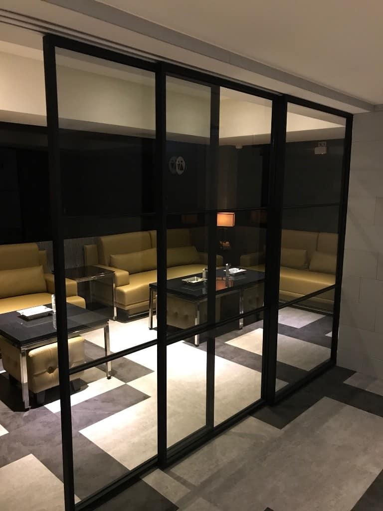 雪茄室用門-自動關門鉸鏈