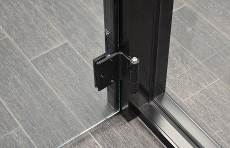 Self closing hinge adjustment-01